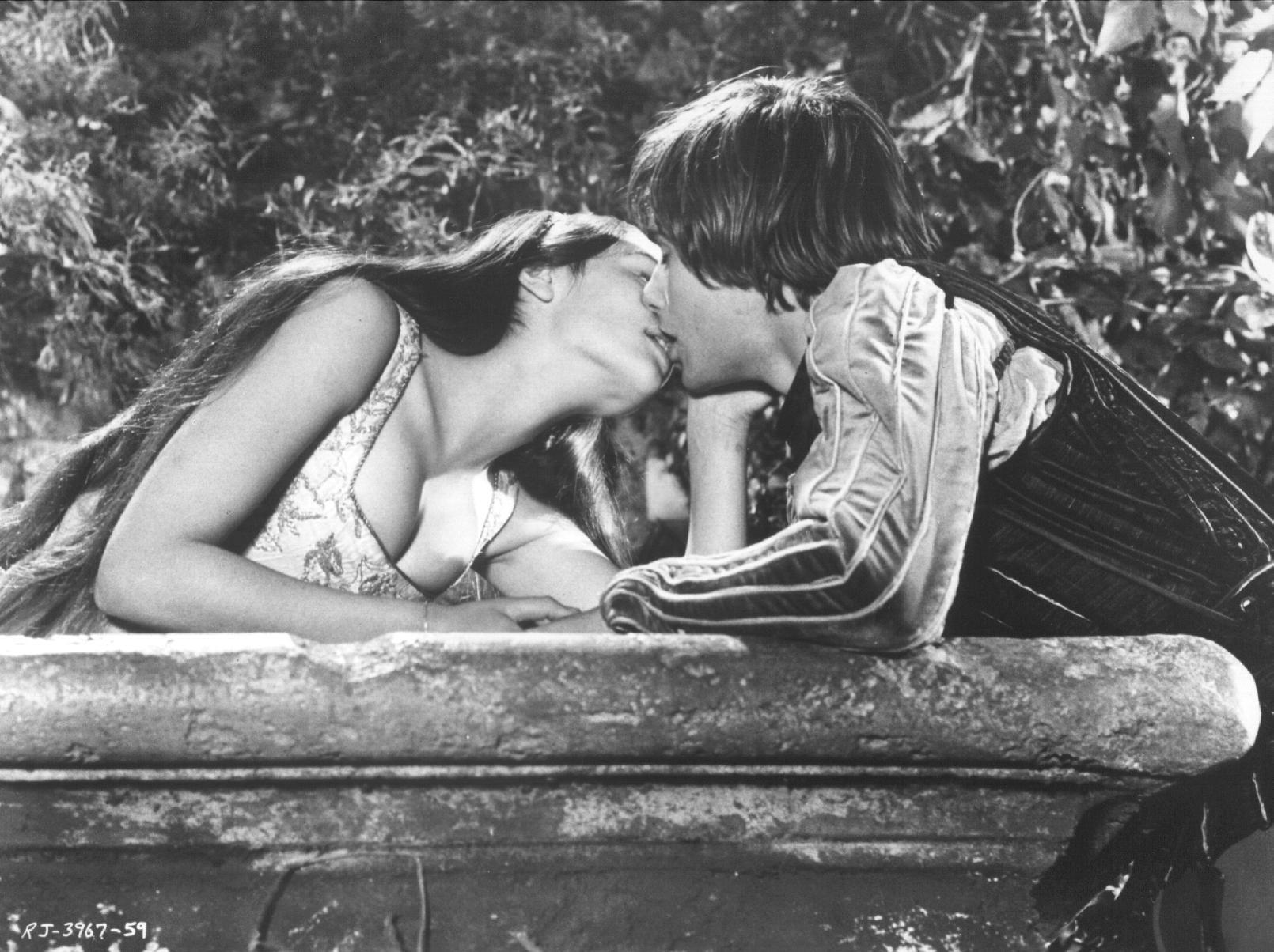 Ромео і джульетта порно 10 фотография