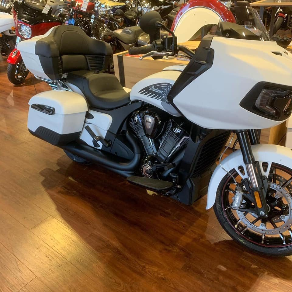 Challenger with Tour Pack | Indian Motorcycle Forum