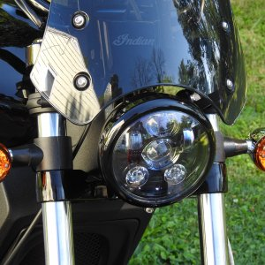 "Eagle Lights 5 3/4"" 8900 Series Generation III LED Daymaker Headlight"