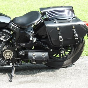 Leatherworks: 105 SLIM RETRO SLIGHT ANGLE SADDLEBAGS